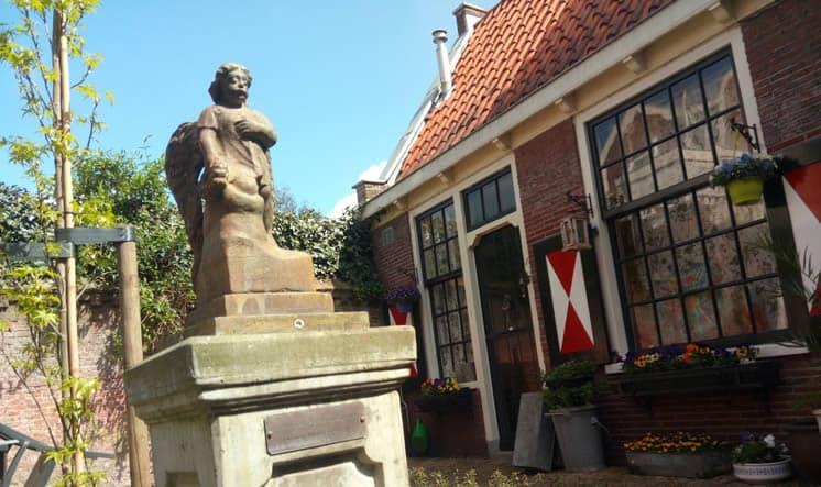 Bruiningshofje Botermarkt Haarlem