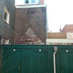 Gevelcontour van de kleine oude hofjeshuisjes?